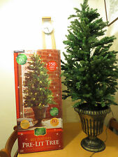 Deluxe pre lit 4ft potted Christmas tree display tree garden light outdoor light
