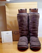 UGG CLASSIC TALL SUEDE CHOCOLATE BROWN BOOT US SIZE 6 W/ BOX