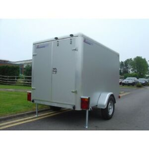 Indespension braked box trailer.TAV3. Excellent condition. Barely used