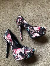 Qupid Floral Platform Heels - Size 9