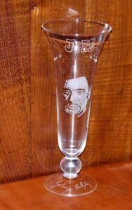 """Grand Vase """" Johnny Hallyday"""" gravé à la main par Artisan Graveur"""
