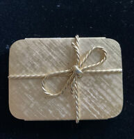 Pretty Vintage NAPIER Gold Metal Pill Box Bow