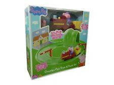 Peppa Pig Toy Grandpa Pig's Train & Track Set With Peppa & Grandpa Figure NEW
