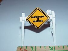 """1/24 TH SCALE  """"LANDSCAPING IN PROGRESS"""" ROAD BARRIER LANDSCAPERS DIORAMA PROP!!"""