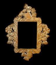 Beau cadre 1900 en bois sculpté Nice carved wood frame à vue 8 cm par 13 cm