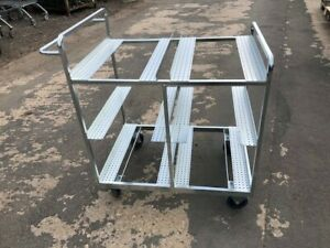 Stock Picking warehouse Internet trolley