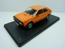 VQ11 Voiture 1/24 SALVAT Models : SEAT 1200 Sport 1977