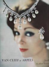 Publicité ancienne  bijou Van Cleef & Arpels 1960 issue de magazine