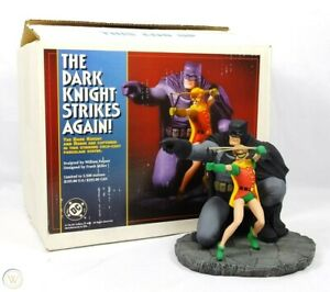 DC DIRECT BATMAN & ROBIN:THE DARK KNIGHT STRIKES AGAIN STATUE #908 FRANK MILLER