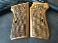 Beretta 1934/1935 7.65mm 32 ACP Walnut Wood Grips