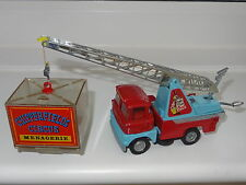 corgi giftset CHIPPERFIELDS SCAMMELL CRANE WITH CAGE - 1144 GS