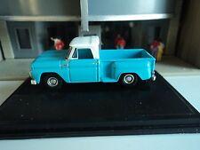 Oxford  1965  CHEVROLET STEPSIDE PICKUP  Light Blue  1/87   HO  diecast car  GM