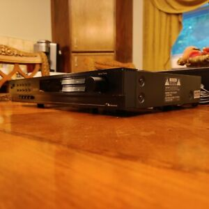 NAKAMICHI ST-7 STEREO AM FM TUNER w/ SCHOTZ Works Exct - With Manual