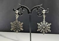 Lovely Vintage Silver-tone Snowflakes Dangles Clip-on Earrings