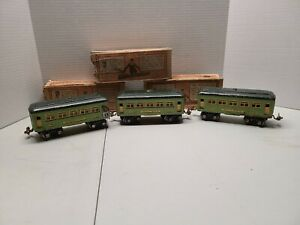 27/136 Vintage Prewar Lionel O Gauge (2) 607, 608 Passenger Car Set With Boxes