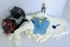 The Thing from another World Large 4 inch figures with adjustable joints playset