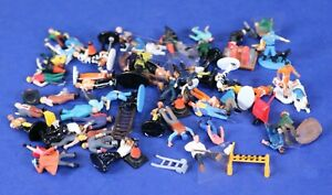 Lot of HO Scale People Figures &  Accessories