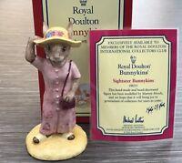 Royal Doulton Bunnykins Figurine Sightseer Exclusive Collectors Club - Boxed COA