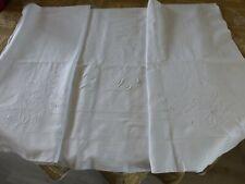 grand DRAP ANCIEN EN FIL DE LIN blanc BRODE fleur mono FE retour 110 cm