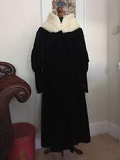 Size 12 Vintage Hand Made Black Velvet Coat With Cream Silk Lining & Fur Collar