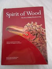 SPIRIT OF WOOD The Art of Malay Woodcarving 2003 FARISH A. NOOR/EDDIN KHOO 2057