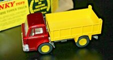 DINKY TOYS 438 * FORD D 800 TIPPER TRUCK * OVP * MINT