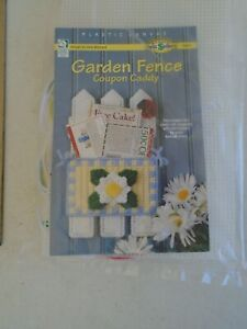 Garden Fence Plastic Canvas Paper Caddy Kit 186057 NIP