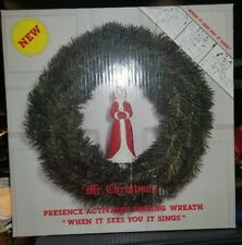 Vintage Mr Christmas Presence Activated Singing Wreath Indoor/Outdoor