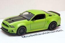 FORD MUSTANG 5.0 GT STREET RACER - 2014- 1:24 MAISTO
