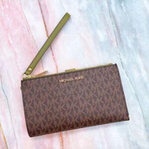 Michael Kors MK Jet Set Travel Double Zip Phone Wristlet Wallet Brown/Evergreen