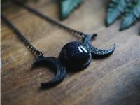 Triple Moon Goddess Wicca Pentagram Magic Amulet Talisman Moon Pendant Necklace
