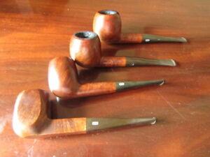 lotto di 4 CHARCOM ROYALE CHAPUIS COMOY  quattro pipe fumate