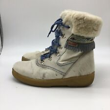olang boots, White With Blue Trim, Insulated, Size 8.0