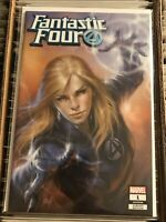 FANTASTIC FOUR #1 LUCIO PARRILLO INVISIBLE WOMAN VARIANT COVER 2018 trade dress