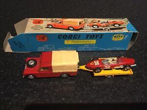 CORGI GIFT SET 17 LAND ROVER WITH FERRARI RACING CAR ON TRAILER. OUTER BOX.