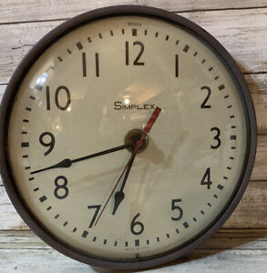 Simplex Clock 10 inches battery operated
