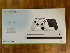 Microsoft Xbox One S 1TB Spielekonsole Weiß mit 2 Controllern und Laufwerk OVP