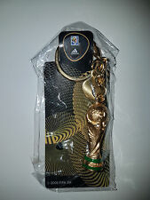 adidas Schlüsselanhänger Fußball Fussball WM Weltmeisterschaft Pokal neu ovp
