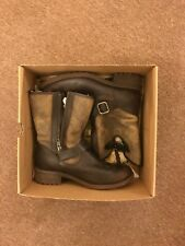UGG W CHANEY Ladies Boot/UK 7.5/EU 40/USA 9