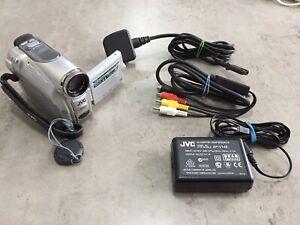 JVC DIGITAL VIDEO CAMERA GR-D240EK MiniDV