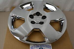 2007-2009 Saturn Aura Chrome HUB CAP Wheel Cover new OEM 9597585