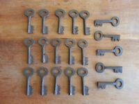 Vintage Key Lot 20 rustic iron skeleton hollow end Padlock lock keys