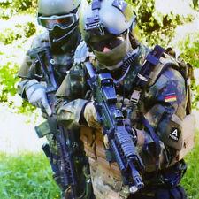 Neu: Uniformen der Bundeswehr aktuelle Ausgabe Bw Heer Lw Marine SEK BMVg Bund .