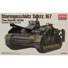 Academy 1:35 Scale WW2 German Sturmgeshutz IV assault tank