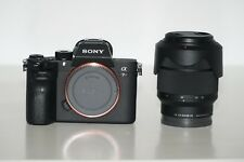 Sony A7R III ILCE - 7RM3 42.4 Mp Cámara Digital - 4K, (importación) + Lente 28-70mm