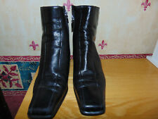 Russell & Bromley Ladies Ankle Boots - Size EUR 39 UK 6 - Leather