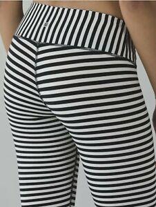 EUC~Lululemon WUNDER UNDER Leggings Bold Stripe Pants Black Angel Wing White 8