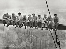 CLASSIC POSTER NEW YORK CITY CONSTRUCTION WORKERS ON ROCKEFELLER CENTER BEAM