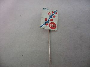 1965 ERU Red Flowers  Vintage Foreign Mens Hat Stick Pin Advertising