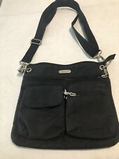 baggallini black small crossbody shoulder Bag Purse Carrier aa54